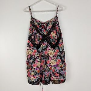 Dizzylizzy Floral and Lace Romper with Pockets XL